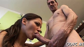 Marvelous Lesya gets her nana pounded at last