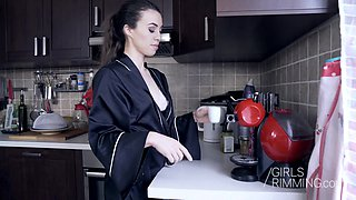 Brunette Tiffany Doll giving a sloppy rimjob for breakfast