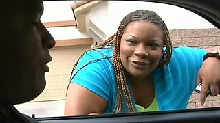 Chunky black BBW hooker provides her client with blowjob