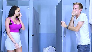 Brazzers - Big Tits at School - Raven Bay and