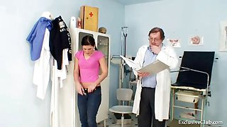 Sandra visits gyno doctor for pussy speculum examination at