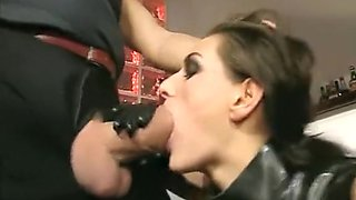 Anita Queen in Latex