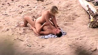 Busty amateur babe taking a cock for a ride on the beach