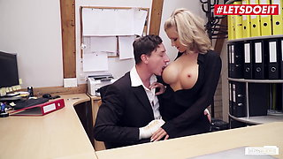 BumsBuero - Busty Blondie Roxxy X Has Awesome Sex With Her Boss