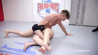 Dee williams naked wrestling vs a guy deepthroating cock