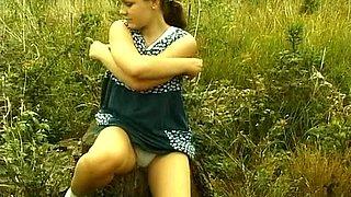 Striptease in the open