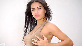 Denisse Gomez - Hot And Beautiful