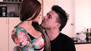 Steak And Blowjob - Kitana Lure Giving Head In The Kitchen