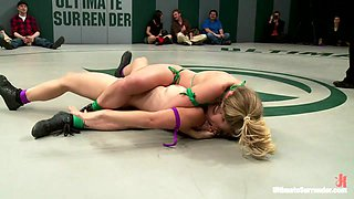 5 Girl Lesbian Mass Orgy & Fuck Fest. Brutal Rough Sex, Fisting, Squirting, All In Front Of A Crowd. - Publicdisgrace